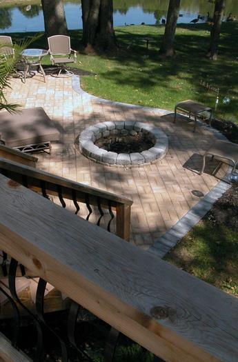 Gas Logs and BBQ Grills, Fire Pits and Outdoor Fireplaces