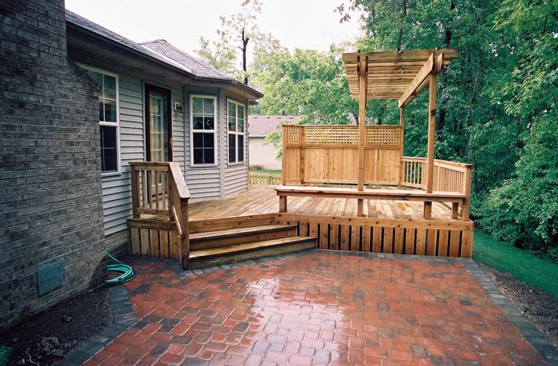 Pergola trellis builder columbus ohio for deck shade for Deck trellis
