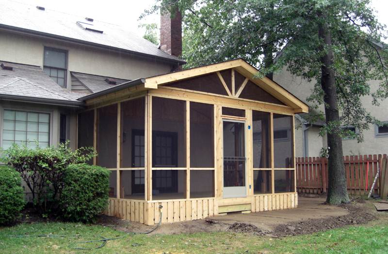 Shedplan download build wooden shed johnstown for Shed roof screened porch plans