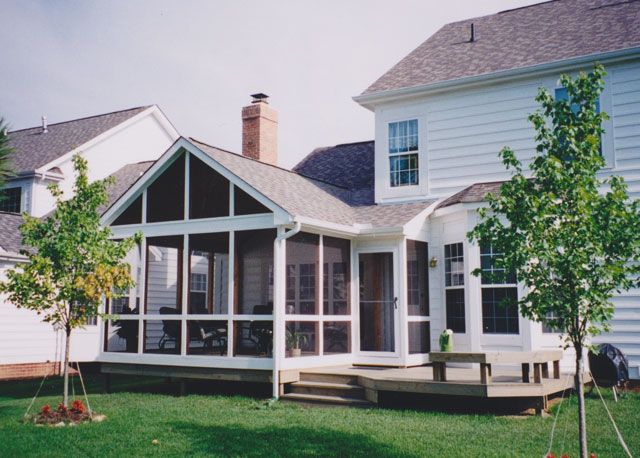 Gable roof screen porch columbus ohio suncraft Screened porch plans designs